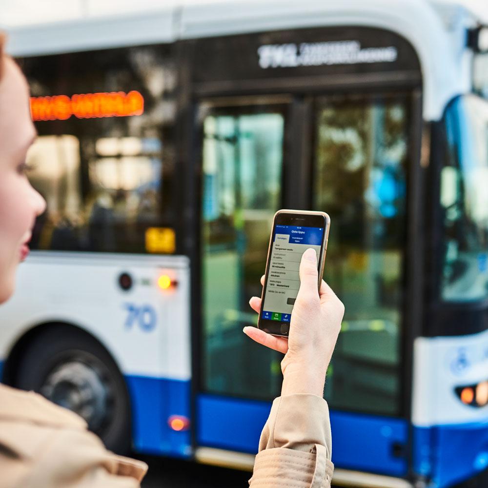 Lataa Nysse Mobiili sovelluskaupasta ja sinulla on aina lippu mukanasi.